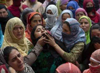 Soldiers kill man in Kashmir, triggering anti-India clashes